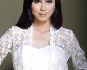 Amelia Putri-News Anchor TVRI Jawa Barat