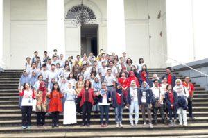 Foto bersama seluruh peserta Wisata Bhineka (17/1), Gereja Immanuel, Jakarta Pusat