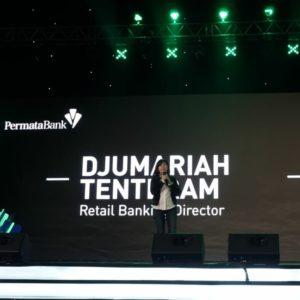 Djumariah Tenteram, Direktur Retail Banking PermataBank memberi sambutan dalam acara The Power of PermataMobile X by Permata Bank.