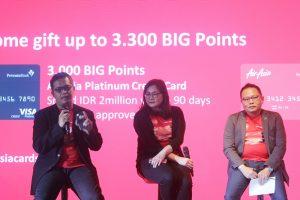 Arifin Eko Prasetyo (Country Head AirAsia BIG Indonesia),  Ivy Widjaja (Head of Consumer Segmentation and Marketing PermataBank), dan  Arifin Eko Prasetyo (Country Head AirAsia BIG Indonesia)