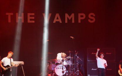The Vamps Tampil Menghibur