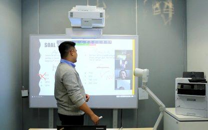 Epson Tawarkan Solusi Pembelajaran Jarak Jauh Lebih Interaktif dan Atraktif melalui Teknologi Proyektor Interaktif Ultra Short Throw